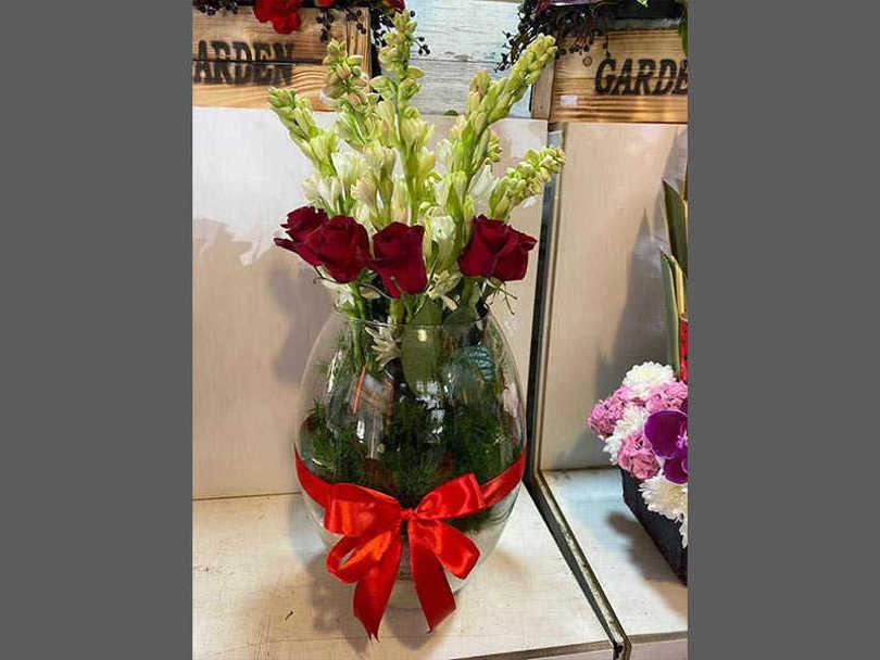 تحویل سفارش گل در اصفهان