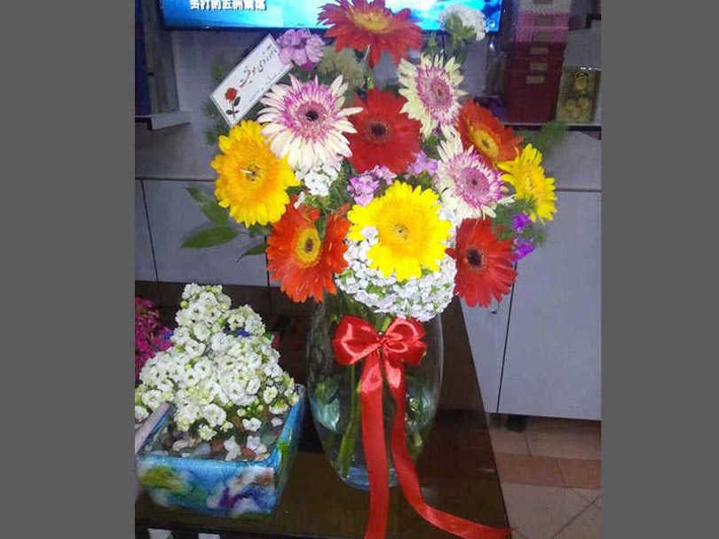 تحویل سفارش گل در سمنان