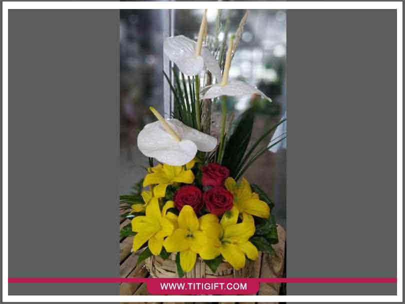 تحویل سفارش گل در ایلام
