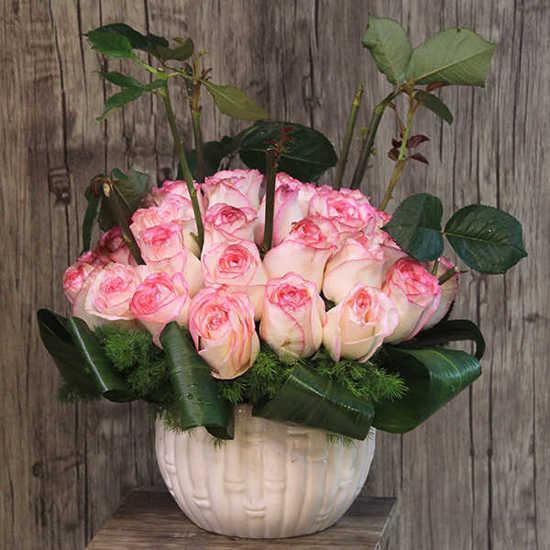 خرید اینترنتی گلدان گل رز تهران