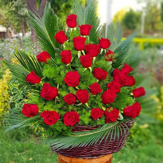 سفارش انلاین سبد گل رز قرمز تهران
