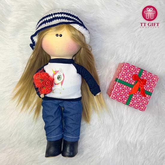 خرید عروسک دختر ملیسا